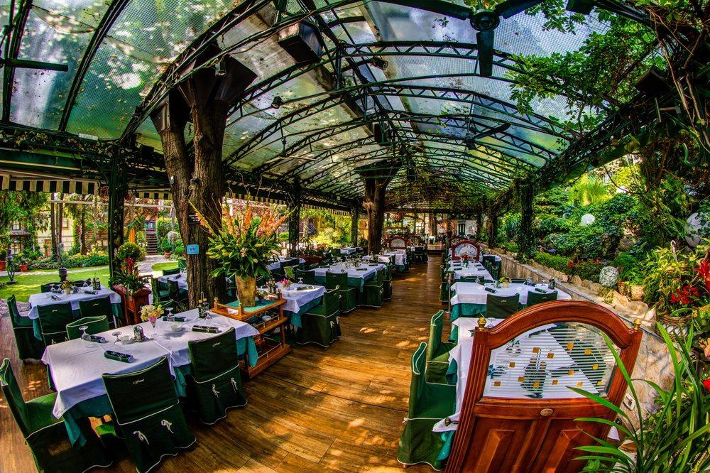 Bašta i restoran – Restoran Frans